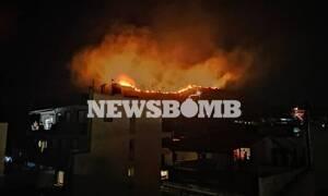 Φωτιά Πέραμα: Απειλούνται σπίτια - Συγκλονιστικές εικόνες του Newsbomb.gr