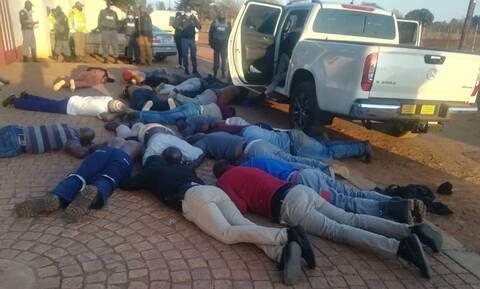 Νότια Αφρική: Πέντε νεκροί σε ομηρία κοντά στο Γιοχάνεσμπουργκ