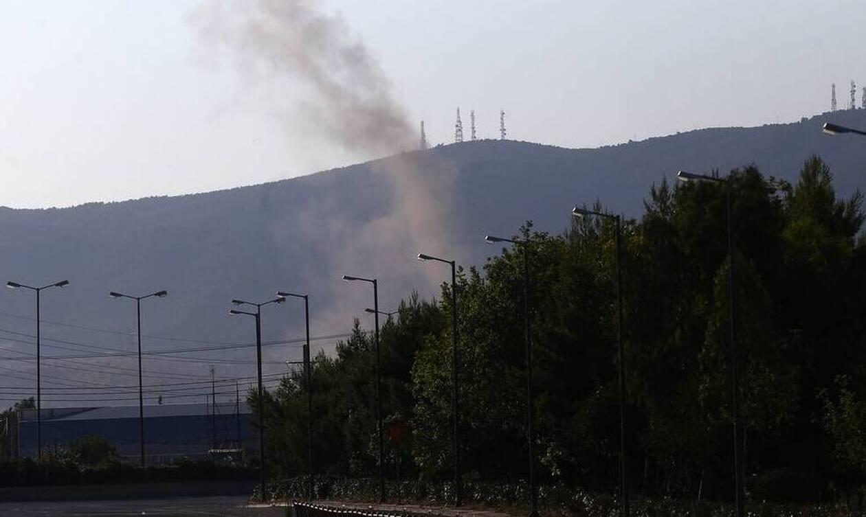Ελευσίνα: Καρέ-καρέ η ελεγχόμενη έκρηξη πυρομαχικών στο στρατιωτικό αεροδρόμιο