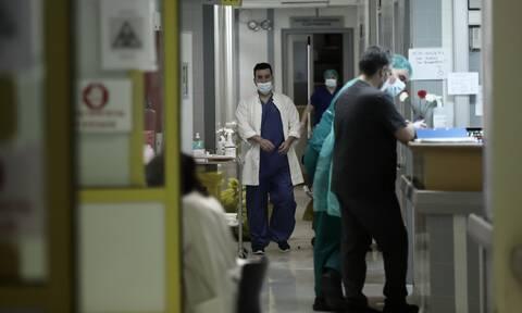 Πρύτανης ΕΚΠΑ: Ο κορονοϊός προκαλεί ακόμα και μη αναστρέψιμες βλάβες