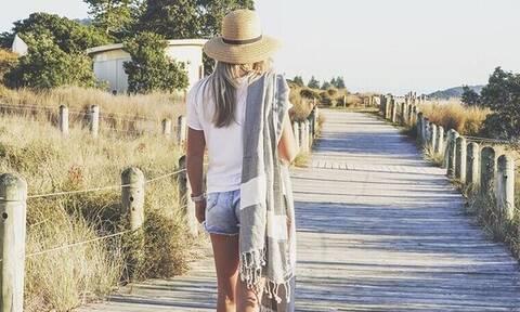 Ναι, οι πιο stylish πετσέτες θαλάσσης της σεζόν μπορούν να γίνουν δικές σου