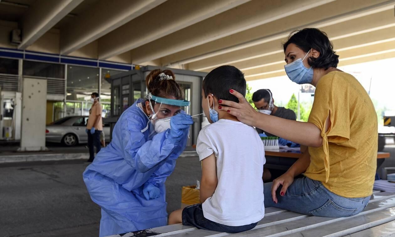 Κορονοϊός: «Θερίζει» τον πλανήτη - Πάνω από 566.000 οι νεκροί