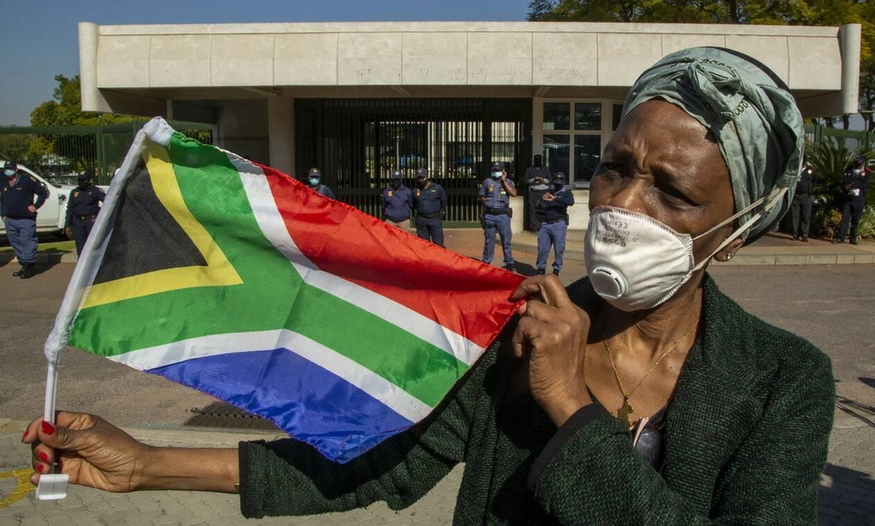 Κορονοϊός στη Νότια Αφρική: Η αύξηση των κρουσμάτων έφερε νέα απαγόρευση κυκλοφορίας