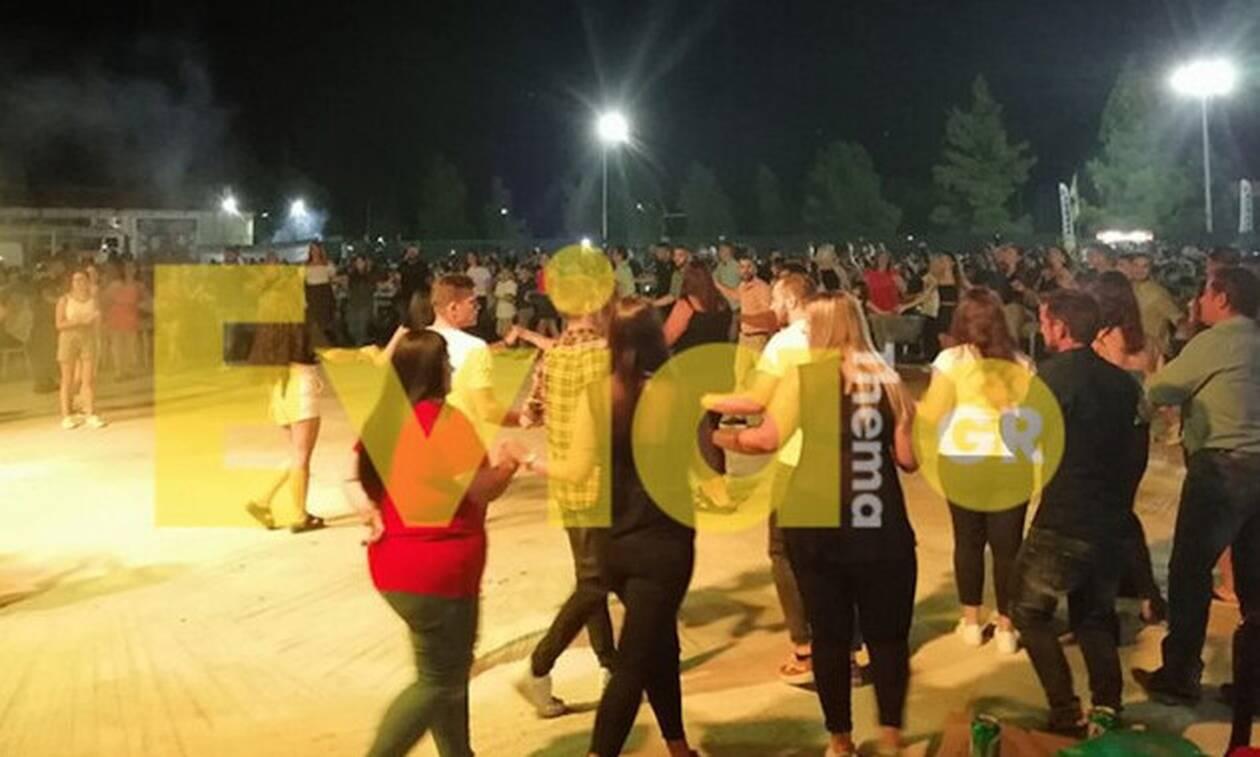 Κορονοϊός: Συνωστισμός σε πανηγύρι - Κανένα μέτρο ασφαλείας