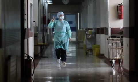 Κορονοϊός: Συναγερμός στο ΑΠΘ – Φοιτήτρια ιατρικής θετική στον ιό