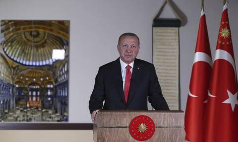 ΕΕ σε Ερντογάν: «Άλλαξε την απόφαση για την Αγία Σοφία» - «Κούφιες» απειλές για κυρώσεις