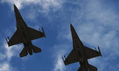 Προκαλούν οι Τούρκοι: Μαχητικά και κατασκοπευτικά αεροσκάφη πάνω από το Αιγαίο