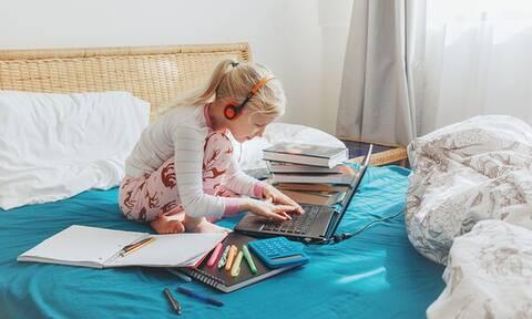 Να κάνουν μαθήματα μέσα στο καλοκαίρι τα παιδιά για να καλύψουν τα κενά;