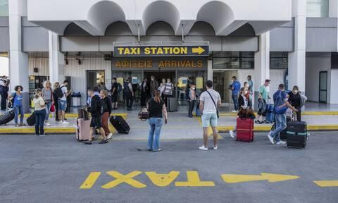 Κορονοϊός: Πού εντοπίζονται τα 58 νέα κρούσματα - Ανησυχία για τους ξένους τουρίστες