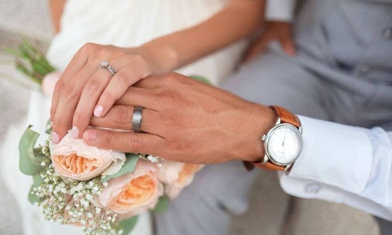 Τραγωδία σε γάμο: 25χρονη νύφη έφαγε γλυκό και πέθανε (pics)