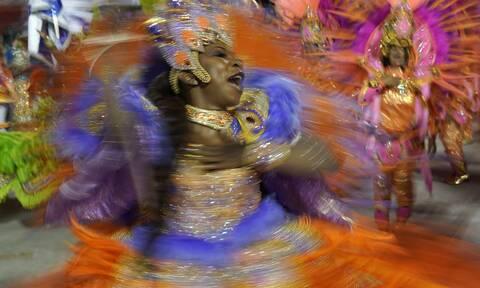 Βραζιλία: Το καρναβάλι του Ρίο απειλείται από το νέο κορονοϊό