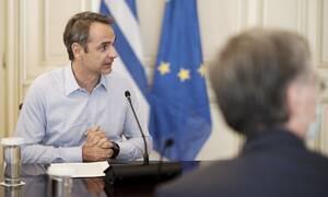 Κορονοϊός – Σύσκεψη στο Μαξίμου για τα κρούσματα: Νέα μέτρα στο τραπέζι