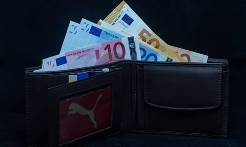 Αναδρομικά: Αυτοί θα πάρουν έως και 7.800 ευρώ - Δείτε τα ποσά ανά Ταμείο