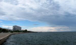 Καιρός τώρα: Με συννεφιά η Πέμπτη - Πού και πότε θα βρέξει