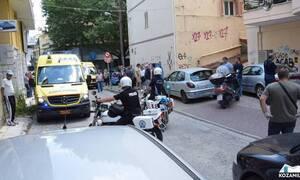 Κοζάνη - Επίθεση με τσεκούρι στην Εφορία: Σε κρίσιμη κατάσταση ένα από τα θύματα