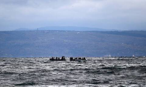 Συγκλονιστική εικόνα: Πτώμα μετανάστη στη θάλασσα εδώ και δυο εβδομάδες
