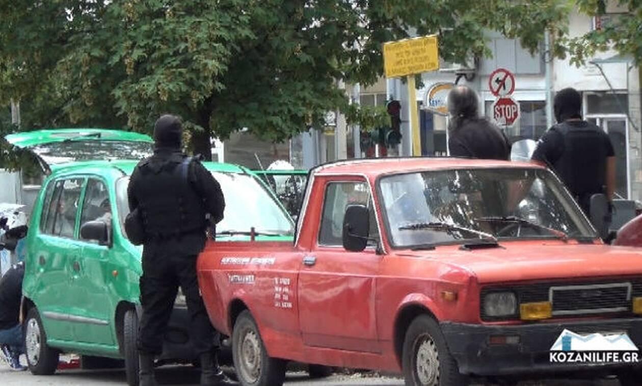 Κοζάνη - Επίθεση με τσεκούρι στην Εφορία: Αυτός είναι ο 45χρονος δράστης (pics - vid)