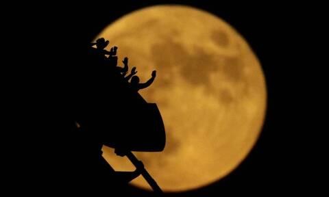 Νεότερο κατά 85 εκατομμύρια χρόνια από όσο νομίζαμε το φεγγάρι, δείχνει νέα μελέτη
