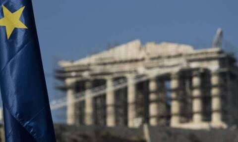 ΕΚΤ: Ύφεση 8,3% για φέτος και ανάπτυξη 5,7% το 2021