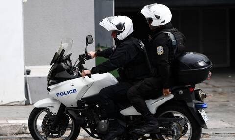 Θεσσαλονίκη: Ένοπλη ληστεία στα ΕΛ.ΤΑ. - 5.000 ευρώ η λεία των δύο δραστών