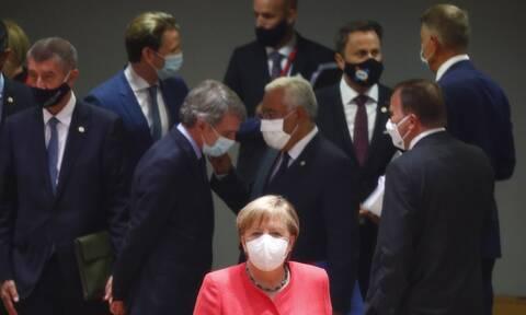 Σύνοδος Κορυφής: Επιμένει ο Μητσοτάκης για το Ταμείο Ανάκαμψης - «Μετωπική» Ιταλίας – Ολλανδίας