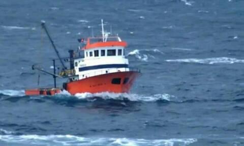 Συναγερμός στο Πολεμικό Ναυτικό: Εκατοντάδες τουρκικά αλιευτικά πλέουν προς το Λιβυκό πέλαγος