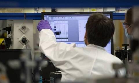 Κορονοϊός: Μία ανάσα από το εμβόλιο - Αύριο επίσημες ανακοινώσεις από το Πανεπιστήμιο της Οξφόρδης