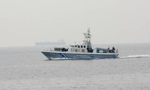 Αίγινα: Προσάραξη ταχύπλοου στη νησίδα Μετώπη με 8 επιβαίνοντες