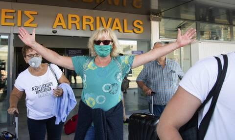 Κορονοϊός: 25 νέα κρούσματα στην Ελλάδα - Πόσα εντοπίστηκαν στις πύλες εισόδου