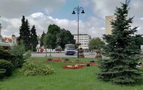 Συναγερμός στην Ουκρανία: Άνδρας με όπλα και εκρηκτικά κρατά 20 ομήρους