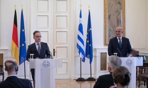 Αυστηρό ελληνογερμανικό μήνυμα στην Τουρκία – Τι είπαν Δένδιας - Μάας