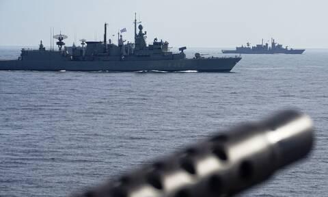 «Κόκκινος» συναγερμός στις Ένοπλες Δυνάμεις μετά τη Navtex της Τουρκίας: Ανακλήθηκαν όλες οι άδειες