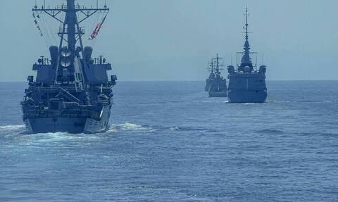 Греческие военно-морские силы переведены в режим готовности