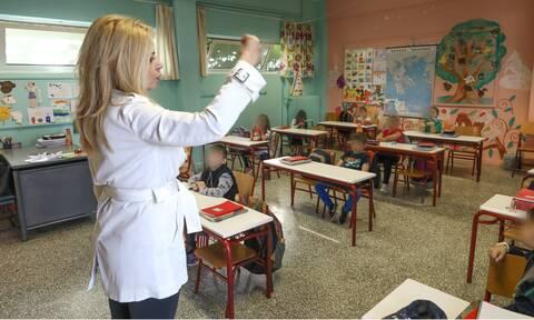 Κορονοϊός - Σχολεία: Τα δύο σενάρια για την επιστροφή στα θρανία