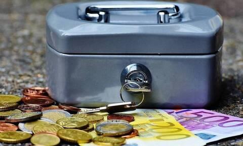 ΟΠΕΚΑ: Αντίστροφή μέτρηση για την πληρωμή των επιδομάτων
