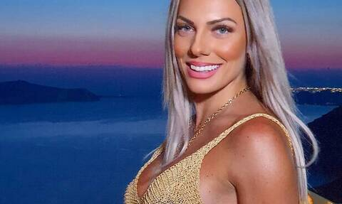 Ιωάννα Μαλέσκου: Η νέα πολύ σέξι της φωτογραφία με μαγιό στα social media