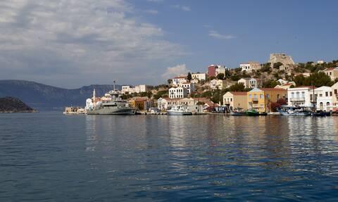 Πρόεδρος Καστελόριζου στο Newsbomb.gr: Έφυγαν οι τουρίστες, τρόμαξαν από τις αερομαχίες