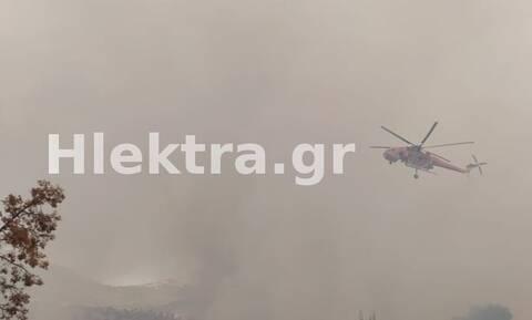 Κεχριές - Βίντεο: Ελικόπτερο κατάβρεξε καμεραμάν, ενώ έσβηνε την φωτιά