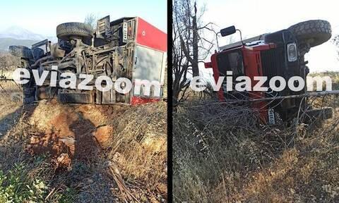 Εύβοια: Τραυματίστηκε πυροσβέστης μετά από ανατροπή Πυροσβεστικού οχήματος