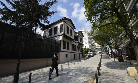 Θεσσαλονίκη: Συνελήφθη Τούρκος που πέταξε μπογιά στο Τουρκικό Προξενείο