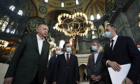 Αγία Σοφία: Στην τελική ευθεία για τη μετατροπή σε τζαμί παρά τις αντιδράσεις
