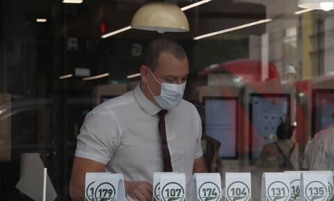 Κορονοϊός: Καμπανάκι ΠΟΥ! Τα δύο τρίτα όλων των κρουσμάτων προέρχονται από 10 χώρες
