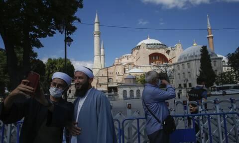 Και νέα τουρκική πρόκληση: Τυπώνουν λίρες με την Αγιά Σοφιά ως τζαμί