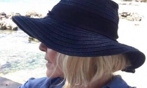 Ρούλα Κορομηλά: Χωρίς photoshop στην παραλία - Έτσι είναι αμακιγιάριστη (pics)