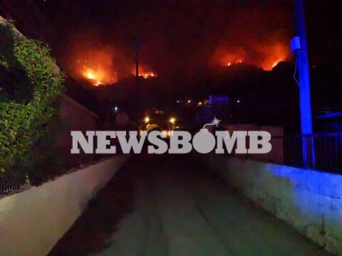Φωτιά Κεχριές: Ακόμη μία νύχτα αγωνίας - Σε ύφεση η πυρκαγιά