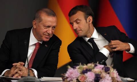 Διπλωματικός «πόλεμος» Γαλλίας-Τουρκίας μετά το μήνυμα Μακρόν στα ελληνικά