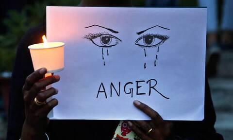 Ινδία: Αποτρόπαιο έγκλημα - Βίασαν, δολοφόνησαν και πέταξαν σε πηγάδι 3χρονο κορίτσι