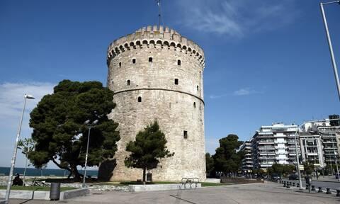 Θεσσαλονίκη: Γέμισαν το κέντρο της πόλης με αφίσες για το Καστελόριζο (pics)