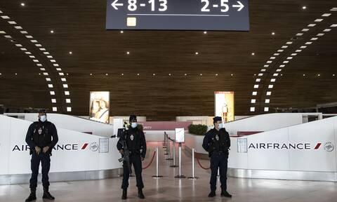 Γαλλία Κορονοϊός: Υποχρεωτικό το τεστ στα σύνορα για ταξιδιώτες από 16 χώρες