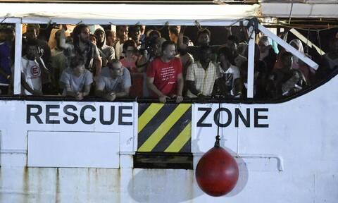 Ιταλία: O δήμαρχος της Λαμπεντούζα ζητά να κηρυχθεί το νησί σε κατάσταση έκτακτης ανάγκης